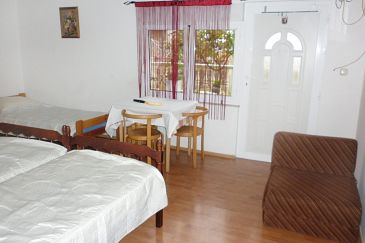 Studio flat AS-4822-a - Apartments Podstrana (Split) - 4822