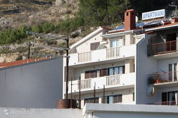 Property Duće (Omiš) - Accommodation 4830 - Apartments with sandy beach.