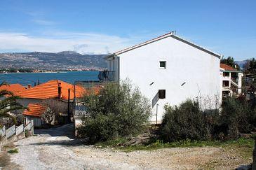 Property Mastrinka (Čiovo) - Accommodation 4836 - Apartments near sea with pebble beach.