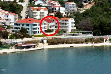 Property Marina (Trogir) - Accommodation 4850 - Apartments near sea with pebble beach.