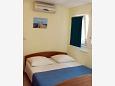 Bedroom - Studio flat AS-4851-b - Apartments Omiš (Omiš) - 4851