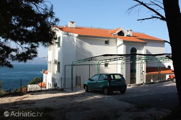 Property Balića Rat (Omiš) - Accommodation 4868 - Apartments near sea with pebble beach.
