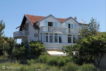 Property Srima - Vodice (Vodice) - Accommodation 487 - Apartments with pebble beach.
