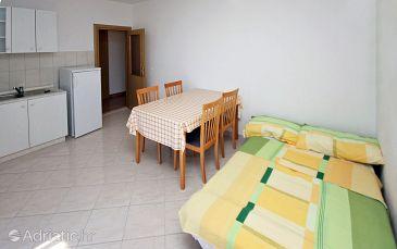 Apartment A-4870-b - Apartments Seget Vranjica (Trogir) - 4870
