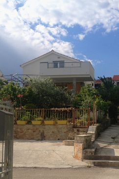 Property Seget Vranjica (Trogir) - Accommodation 4884 - Apartments near sea.