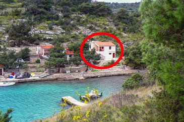 Uvala Dumboka, Dugi otok, Property 489 - Apartments blizu mora with rocky beach.
