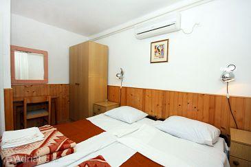 Room S-4917-b - Apartments and Rooms Pomena (Mljet) - 4917