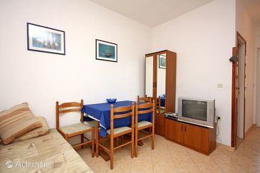 Apartment A-4967-a - Apartments Barbat (Rab) - 4967