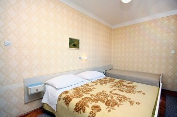 Room S-4976-a - Apartments and Rooms Banjol (Rab) - 4976