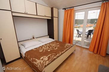 Room S-4992-a - Apartments and Rooms Supetarska Draga - Donja (Rab) - 4992