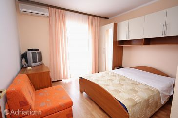 Room S-4992-b - Apartments and Rooms Supetarska Draga - Donja (Rab) - 4992