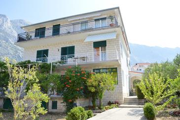 Property Baška Voda (Makarska) - Accommodation 500 - Apartments with pebble beach.
