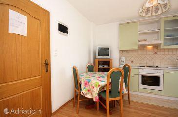 Apartment A-5002-a - Apartments Barbat (Rab) - 5002