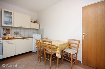 Apartment A-5016-a - Apartments Supetarska Draga - Gonar (Rab) - 5016