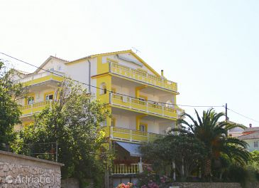 Property Banjol (Rab) - Accommodation 5041 - Apartments with sandy beach.