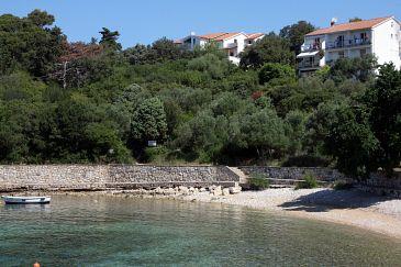 Obiekt Suha Punta (Rab) - Zakwaterowanie 5050 - Apartamenty blisko morza ze żwirową plażą.