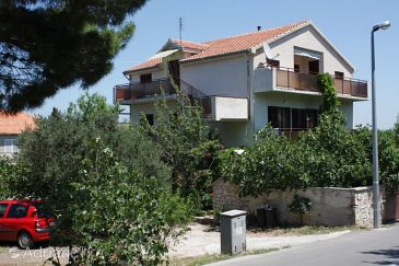 Property Murter (Murter) - Accommodation 5098 - Apartments with sandy beach.