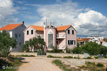 Property Jezera (Murter) - Accommodation 5121 - Apartments with pebble beach.