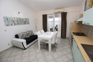 Apartment A-5154-f - Apartments Pisak (Omiš) - 5154