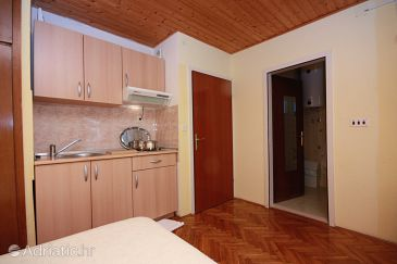 Studio flat AS-5197-c - Apartments Zaostrog (Makarska) - 5197