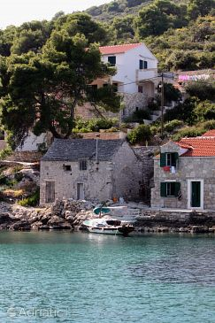 Property Uvala Donja Kruščica (Šolta) - Accommodation 5215 - Apartments near sea.