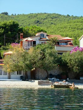 Property Arbanija (Čiovo) - Accommodation 5220 - Apartments near sea with rocky beach.