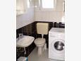 Bathroom 2 - House K-5223 - Vacation Rentals Uvala Pokrivenik (Hvar) - 5223