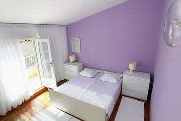 Room S-5235-b - Apartments and Rooms Makarska (Makarska) - 5235