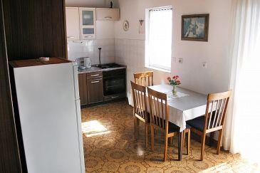 Apartment A-5240-b - Apartments Seget Vranjica (Trogir) - 5240