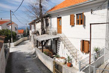 Property Okrug Gornji (Čiovo) - Accommodation 5253 - Vacation Rentals with pebble beach.