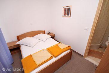 Room S-5263-c - Rooms Tučepi (Makarska) - 5263
