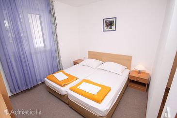 Room S-5263-g - Rooms Tučepi (Makarska) - 5263