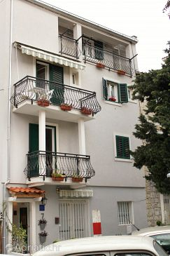 Property Split (Split) - Accommodation 5272 - Apartments and Rooms with sandy beach.
