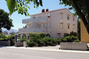 Property Baška (Krk) - Accommodation 5330 - Apartments with pebble beach.