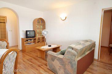 Punat, Living room u smještaju tipa apartment, dostupna klima, dopusteni kucni ljubimci i WIFI.