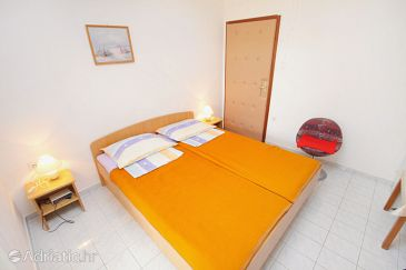 Room S-5360-a - Apartments and Rooms Krk (Krk) - 5360