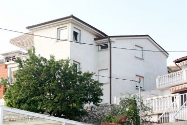 Property Selce (Crikvenica) - Accommodation 5367 - Apartments near sea.