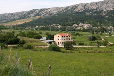 Property Batomalj (Krk) - Accommodation 5401 - Apartments with pebble beach.