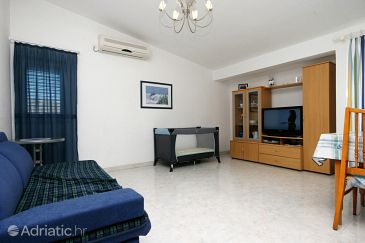 Apartment A-5404-a - Apartments Baška (Krk) - 5404