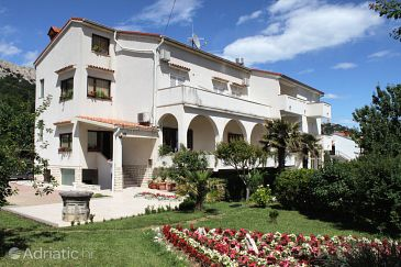 Property Baška (Krk) - Accommodation 5421 - Rooms with pebble beach.