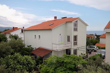 Property Krk (Krk) - Accommodation 5424 - Apartments with pebble beach.