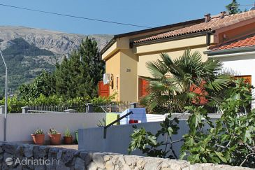 Property Baška (Krk) - Accommodation 5431 - Apartments with pebble beach.