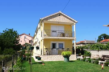 Property Šilo (Krk) - Accommodation 5435 - Apartments with sandy beach.