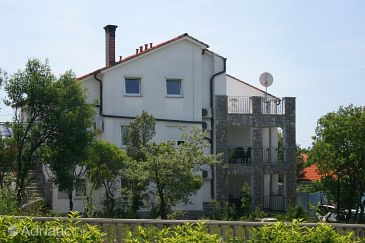 Pinezići, Krk, Property 5464 - Apartments with pebble beach.