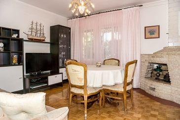 Apartment A-5483-a - Apartments Novi Vinodolski (Novi Vinodolski) - 5483