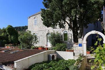 Property Korčula (Korčula) - Accommodation 549 - Apartments near sea.