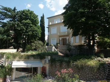 Property Crikvenica (Crikvenica) - Accommodation 5490 - Apartments near sea with sandy beach.