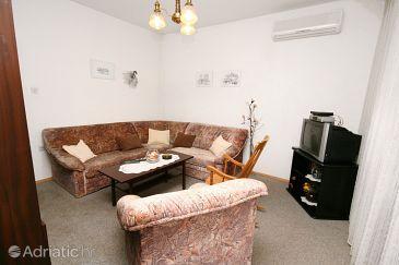 Apartment A-5498-a - Apartments Selce (Crikvenica) - 5498