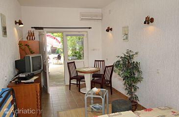 Studio flat AS-5506-a - Apartments Novi Vinodolski (Novi Vinodolski) - 5506