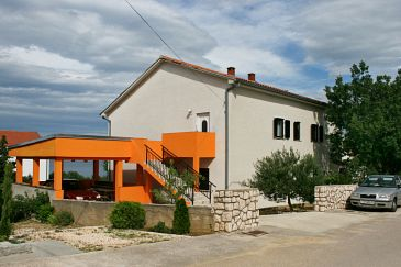 Property Novi Vinodolski (Novi Vinodolski) - Accommodation 5514 - Apartments with pebble beach.